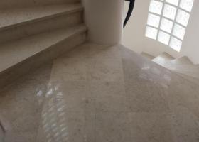 Rénovation d'un escalier en marbre