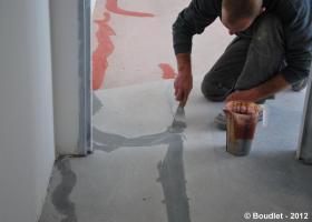 Masticage fissures rénovation sol